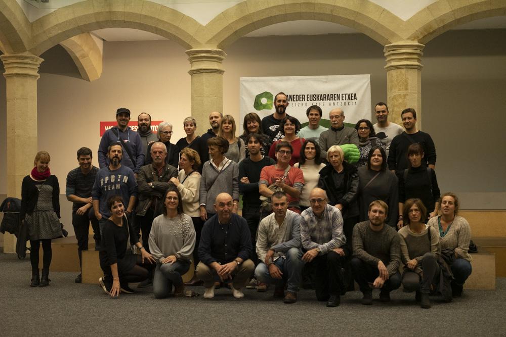Visita guiada al World Press Photo en Gasteiz.