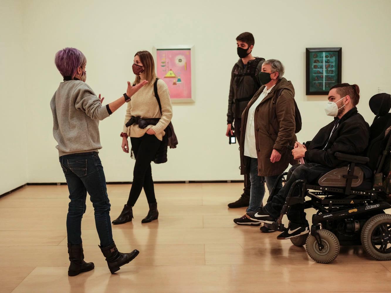Blackkamera visita la exposición de Kandinsky en el Guggenheim.